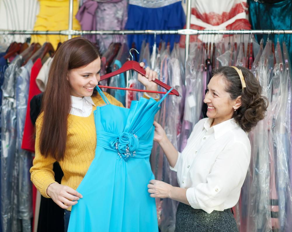what is a wardrobe consultant pictures a wardrobe consultant often works one on one a single client