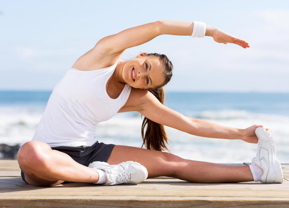 What are Obliques? (with pictures) Internal Oblique Stretching
