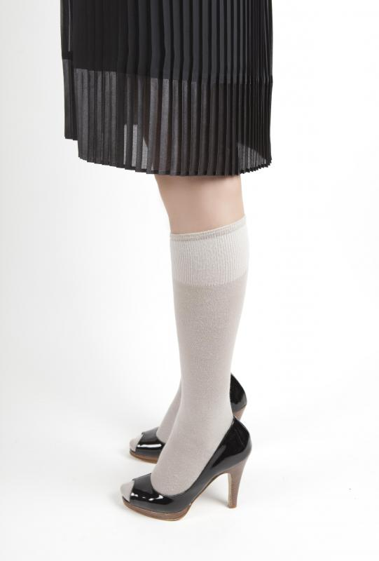 Trouser socks are usually made of light materials so they can be easily  worn with close-fitting shoes. - What Are Trouser Socks? (with Pictures)
