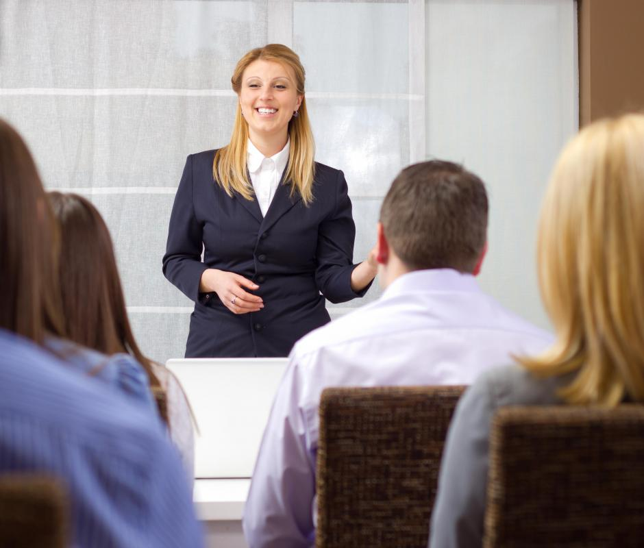 marketing and oral presentation Return to teacher resources: oral communication oral presentation outline format introduction i attention-getting statement - gain the attention of the audience.