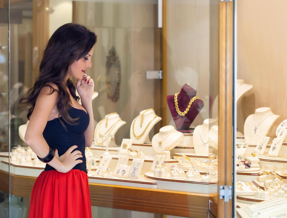 Shopping in person is recommended for those purchasing wholesale costume jewelry.