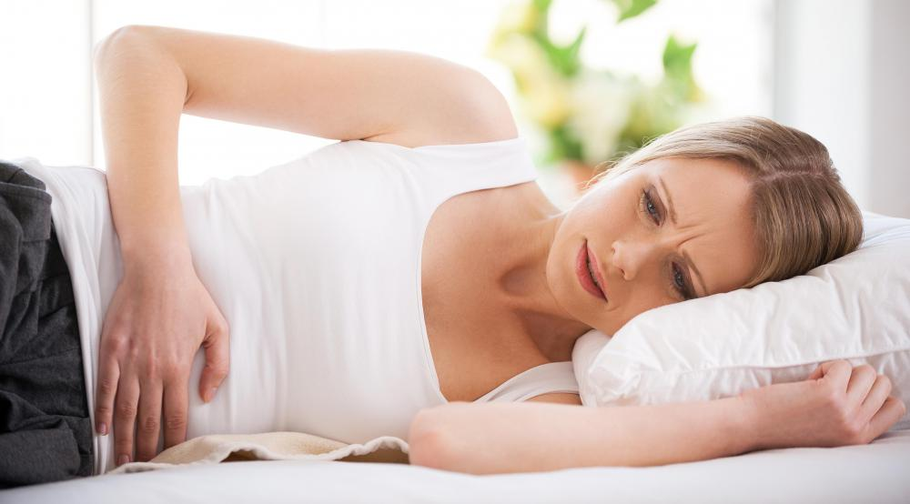 Signs of scarred fallopian tubes may include constant abdominal pain.