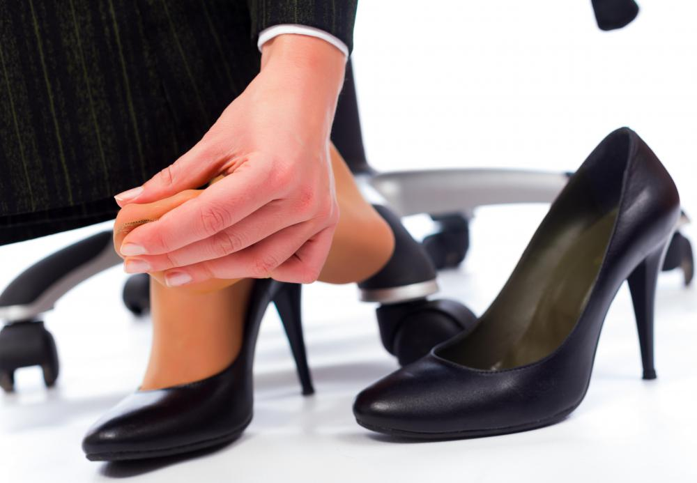 Individuals who have flat feet may have difficulty wearing high heels.