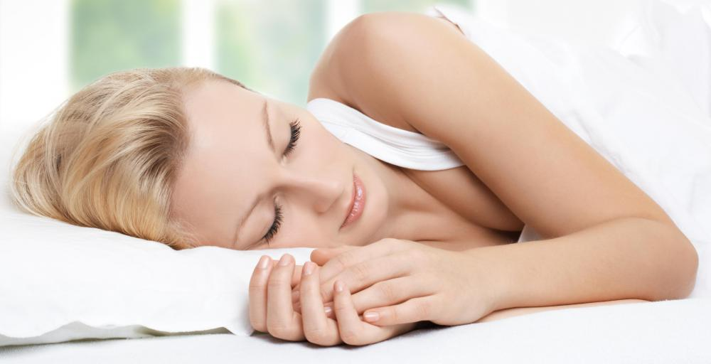 Getting an adequate amount of sleep may help people lose weight.