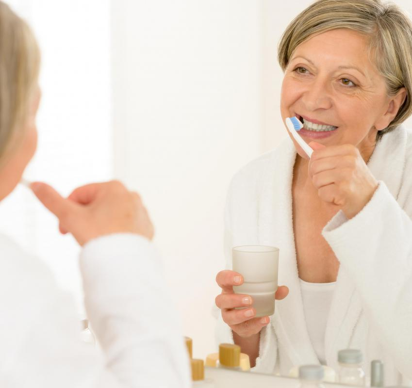 Miconazole oral gel can be applied using a toothbrush.