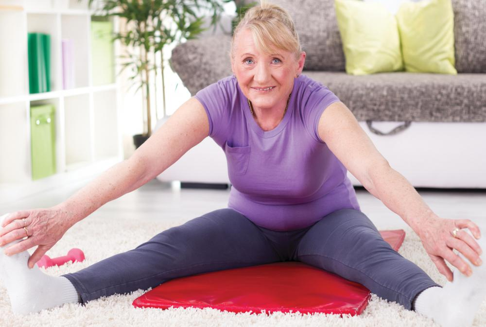 Kegel exercises can be used to strengthen the pelivic floor.