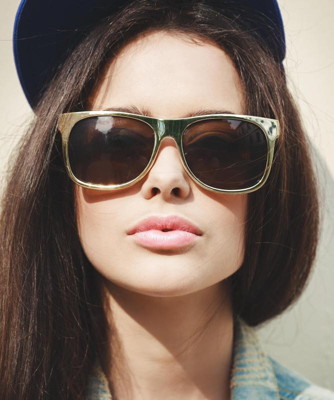 Urban clothing may include large sunglasses.