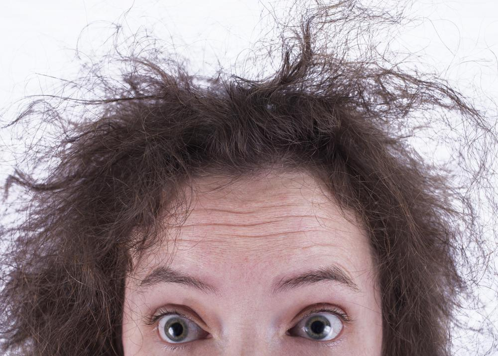 Dry conditioner can be used as a de-frizzing solution.