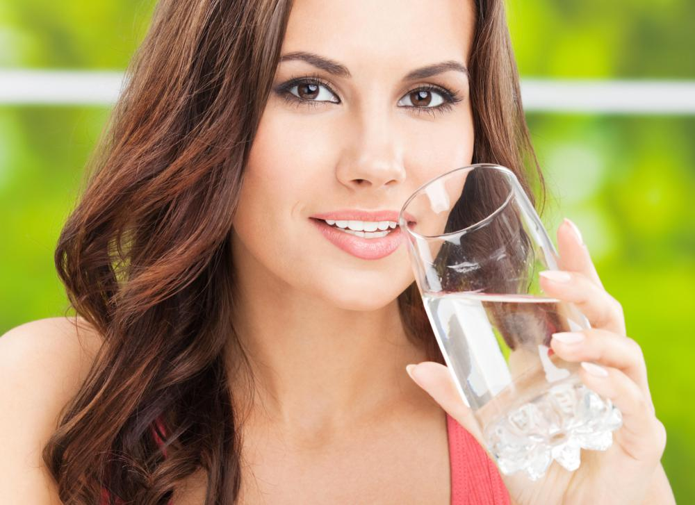 Rosacea can be improved by drinking 10-16 glasses of water per day.