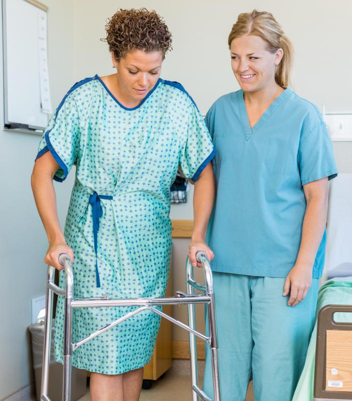 A therapist will often advise the patient on proper stretching and proper exercise during knee surgery recovery.