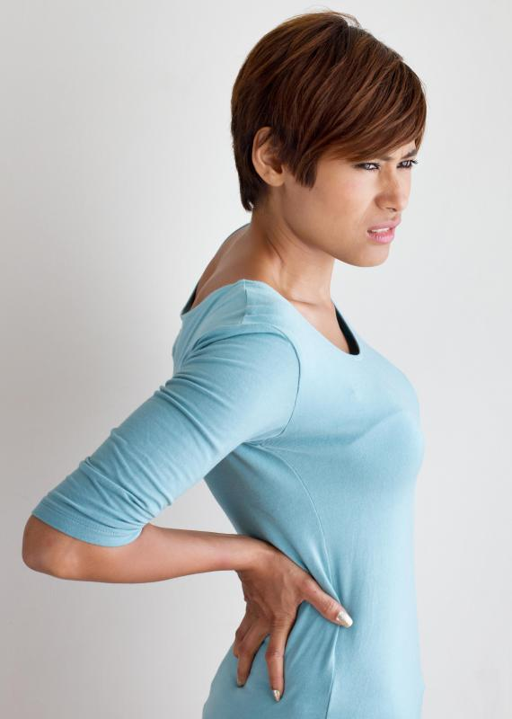 An abdominal belt may be worn to relieve back pain caused by injuries or muscle weakness.
