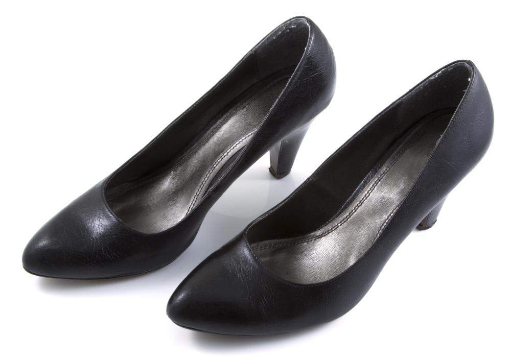 Pumps with a rounded toe and a low heel may be more appropriate for day-to-day wear around the office.