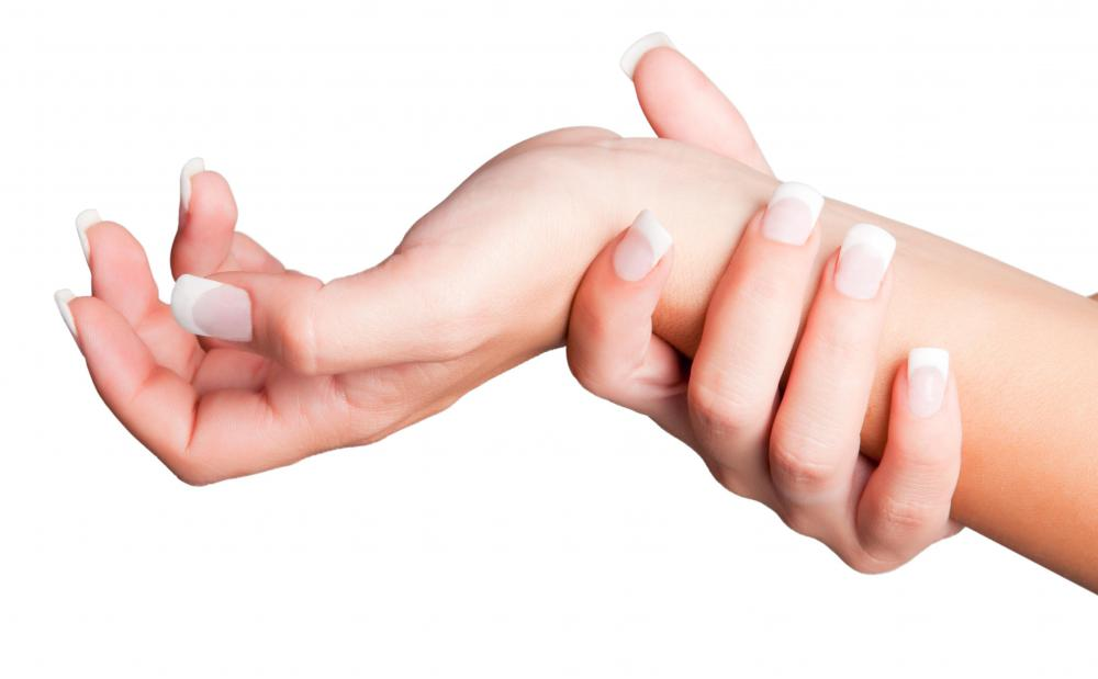 Carpal tunnel syndrome may cause secondary Raynaud's phenomenon.