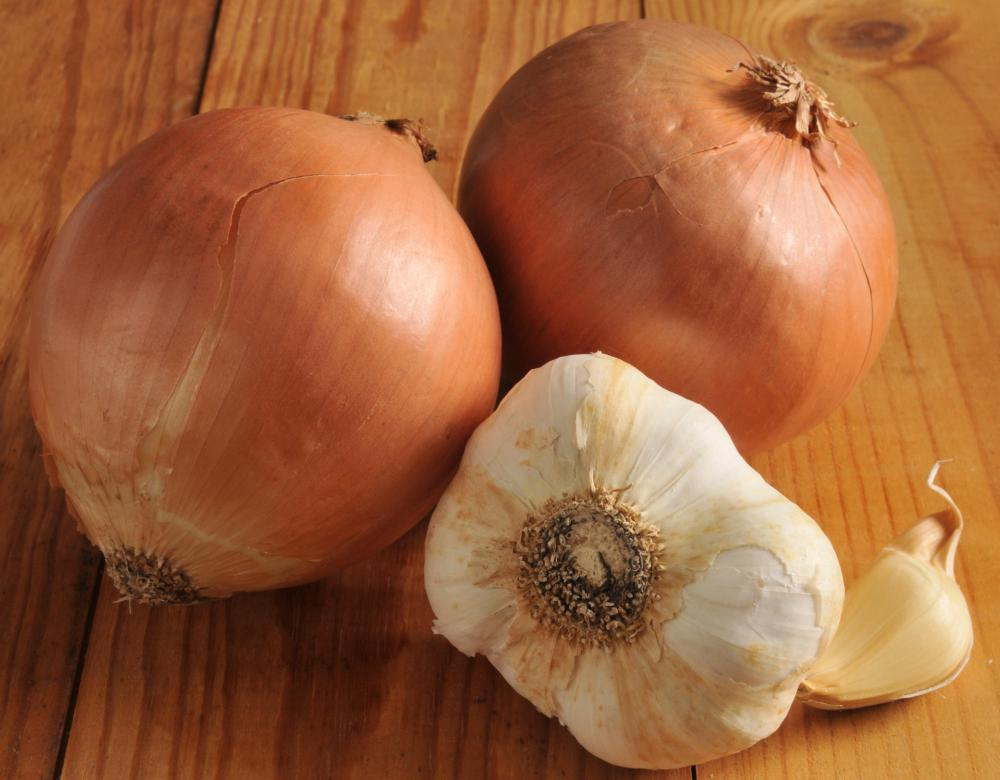 Onions and garlic are sometimes used to make natural earache treatments.